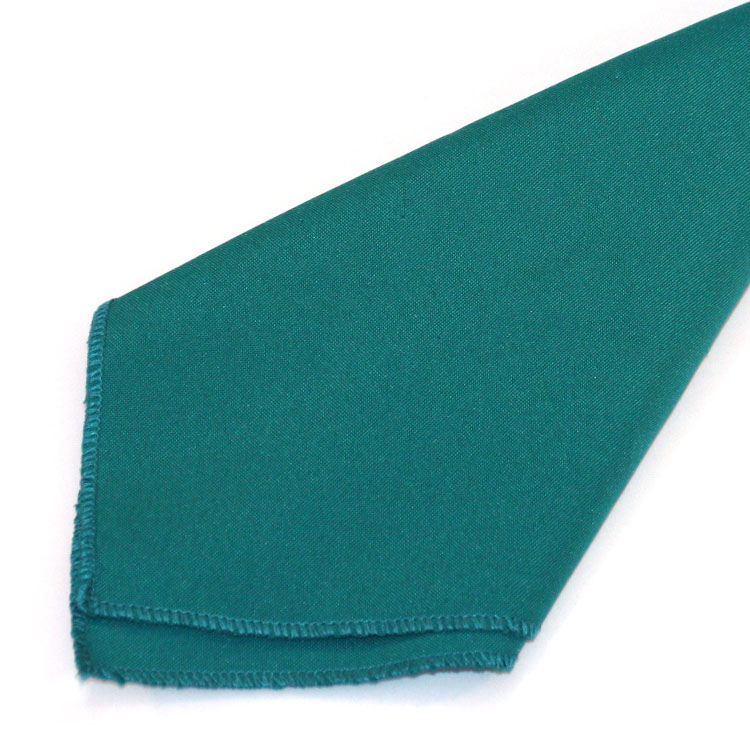 Teal Polyester Napkins allow you to outfit your banquet reception tables with matte elegance. Aside from its main use of being a cloth napkin, our 20