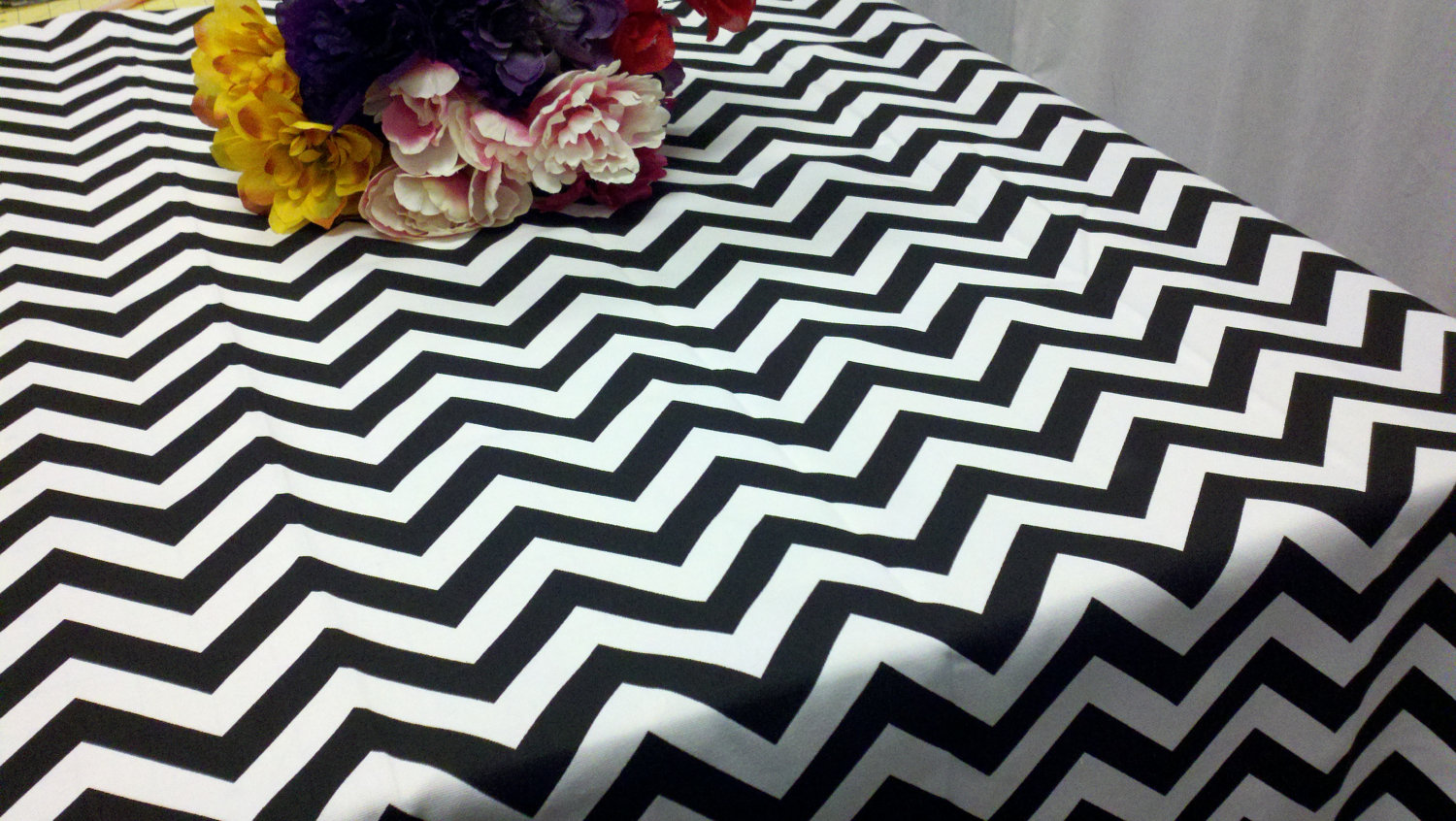 Black White Chevron Black And Whte Chevron Gallery 1 ...